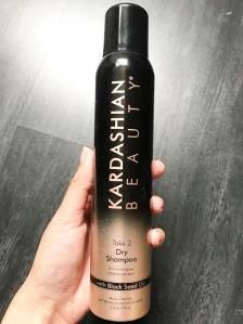L'après shampoing sec de Kardashian Beauty a l'huile de nigele