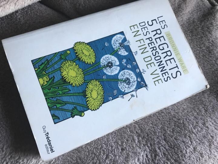 Première couverture du livre Les 5 regrets des personnes en fin de vie de Brwonie Ware