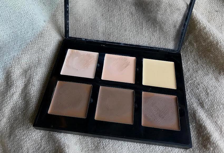 Palette Contour Cream Kit de Anastasia Bervely Hills en teinte light